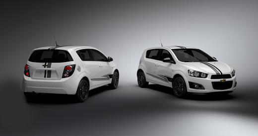 Chevrolet oferece versões invocadas de Agile e Sonic FULLPOWER e6448636a2335