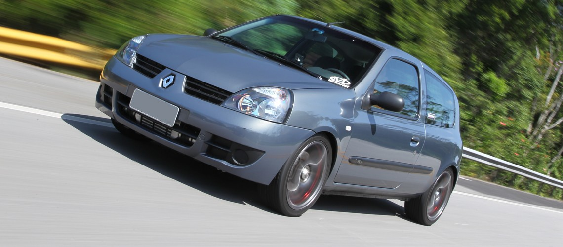 Renault clio turbo