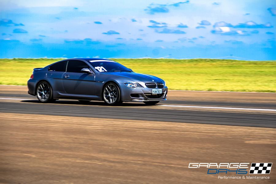 McLaren, Porsche, Mustang, Corvette... Quer ver esses super-carros acelerando ao vivo? FULLPOWER